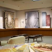 「更紗の絹布」展